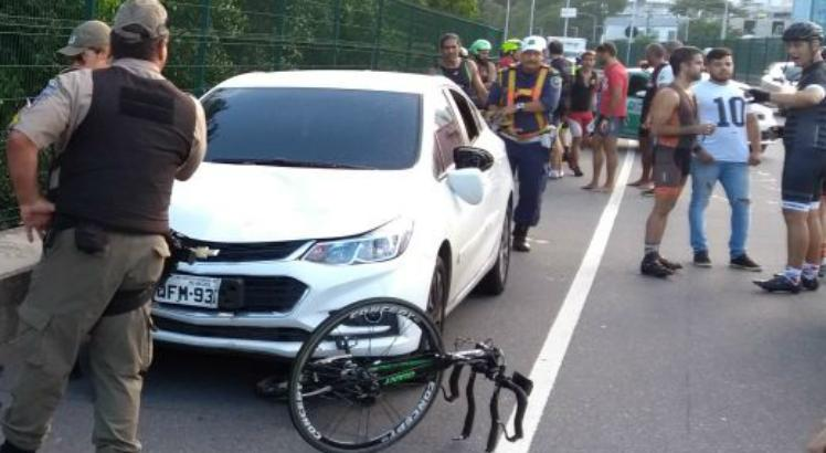 Ciclista é atropelado na Via Mangue